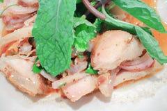 Παραδοσιακά ταϊλανδικά τρόφιμα αποκαλούμενα χοιρινό κρέας Namtok Στοκ φωτογραφίες με δικαίωμα ελεύθερης χρήσης