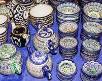 Παραδοσιακά του Ουζμπεκιστάν πιάτα και πιάτα στο Ουζμπεκιστάν Στοκ εικόνες με δικαίωμα ελεύθερης χρήσης
