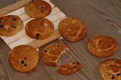 Παραδοσιακά oatmeal μπισκότα με τις σφαίρες σοκολάτας Στοκ Εικόνα