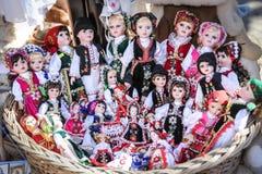 Παραδοσιακές ντυμένες κούκλες Στοκ φωτογραφία με δικαίωμα ελεύθερης χρήσης
