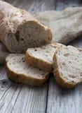 Παραδοσιακές φέτες ψωμιού σίκαλης Στοκ φωτογραφία με δικαίωμα ελεύθερης χρήσης