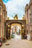 Παραδοσιακή άποψη σπιτιών στο Λάιντεν, Κάτω Χώρες Στοκ Εικόνες