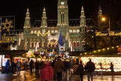 Παραδοσιακή αγορά Χριστουγέννων στη Βιέννη Στοκ φωτογραφία με δικαίωμα ελεύθερης χρήσης