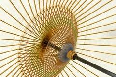 Παραδοσιακή ιαπωνική ομπρέλα εγγράφου Στοκ εικόνες με δικαίωμα ελεύθερης χρήσης