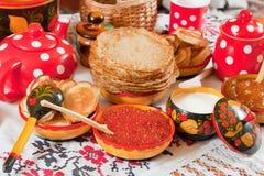 Παραδοσιακή ρωσική τηγανίτα Στοκ εικόνα με δικαίωμα ελεύθερης χρήσης