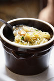 Παραδοσιακή σούπα λάχανων στιλβωτικής ουσίας στοκ φωτογραφίες