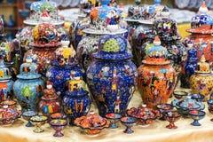 Παραδοσιακή τουρκική χρωματισμένη κεραμική Στοκ Εικόνες