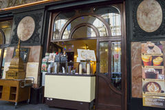 Παραδοσιακός καφές εστιατορίων σε διάσημο μέσω Po Στοκ φωτογραφίες με δικαίωμα ελεύθερης χρήσης