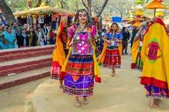 Παραδοσιακός καλλιτέχνης την ώρα της παράστασης το χορό στοκ φωτογραφία με δικαίωμα ελεύθερης χρήσης
