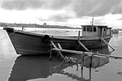 παραδοσιακός ξύλινος ποταμών βαρκών Στοκ Εικόνες