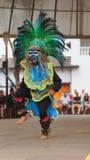 Παραδοσιακός χορός χορού ατόμων της Βολιβίας στο Ciudad Mitad del Mundo turistic κέντρο πλησίον της πόλης του Κουίτο Στοκ εικόνες με δικαίωμα ελεύθερης χρήσης