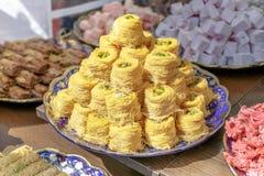 Παραδοσιακό αραβικό επιδόρπιο Baklava με το μέλι και τα φυστίκια Στοκ Εικόνα