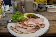 Παραδοσιακό βαυαρικό γεύμα Στοκ εικόνες με δικαίωμα ελεύθερης χρήσης
