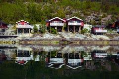 Παραδοσιακό νορβηγικό ξύλινο σπίτι Στοκ φωτογραφία με δικαίωμα ελεύθερης χρήσης