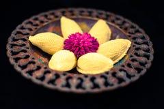 Παραδοσιακό πιάτο Novruz με τα μπισκότα Στοκ εικόνες με δικαίωμα ελεύθερης χρήσης
