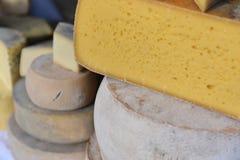 Παραδοσιακό ρουμανικό τυρί Στοκ Εικόνα