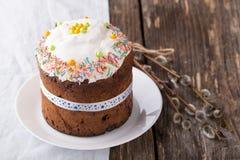 Παραδοσιακό ρωσικό κέικ Kulich Πάσχας Στοκ Εικόνες