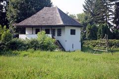Παραδοσιακό σπίτι στη Ρουμανία, Curtea de Arges Στοκ φωτογραφίες με δικαίωμα ελεύθερης χρήσης