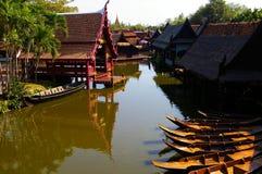 Παραδοσιακό ταϊλανδικό χωριό Στοκ φωτογραφία με δικαίωμα ελεύθερης χρήσης