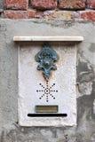 Παραδοσιακό doorbell στη Βενετία στοκ φωτογραφία