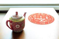 Παραδοσιακό teapot που χρησιμοποιείται στον κινεζικό γάμο στοκ φωτογραφία με δικαίωμα ελεύθερης χρήσης