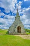 Παρεκκλησι Λα Garde της Νοτρ Νταμ de εκκλησιών. Etretat, Νορμανδία, Γαλλία. Στοκ φωτογραφία με δικαίωμα ελεύθερης χρήσης