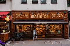 Παρισινό κατάστημα βιομηχανιών ζαχαρωδών προϊόντων και σοκολάτας Στοκ φωτογραφίες με δικαίωμα ελεύθερης χρήσης