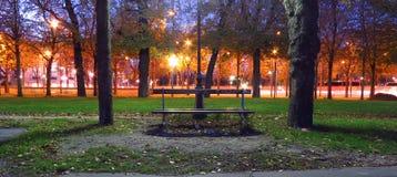 Παρισινό ύφος το φθινόπωρο Στοκ φωτογραφία με δικαίωμα ελεύθερης χρήσης