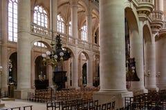 ΠΑΡΙΣΙ, ΓΑΛΛΙΑ στις 25 Απριλίου 2016 Εκκλησία Άγιος-Etienne-du-Mont - δείτε το εσωτερικό στοκ εικόνα με δικαίωμα ελεύθερης χρήσης
