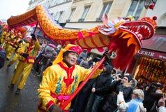 ΠΑΡΙΣΙ, ΓΑΛΛΙΑ - ΣΤΙΣ 10 ΦΕΒΡΟΥΑΡΊΟΥ: Κινεζικό νέο έτος Στοκ εικόνα με δικαίωμα ελεύθερης χρήσης