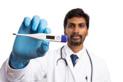 Παρουσίαση θερμομέτρων υψηλής θερμοκρασίας για τον πυρετό στοκ εικόνες