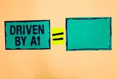 Παρουσίαση σημαδιών κειμένων Drive από το Α1 Η εννοιολογική κίνηση φωτογραφιών ή ελεγχόμενος από έναν οδηγό κορυφαίας ποιότητας σ ελεύθερη απεικόνιση δικαιώματος