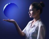 Παρών γήινος πλανήτης γυναικών ιατρών Στοκ Εικόνες