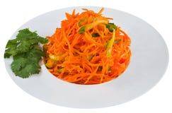 Παστωμένο καρότο στο άσπρο πιάτο Στοκ εικόνες με δικαίωμα ελεύθερης χρήσης