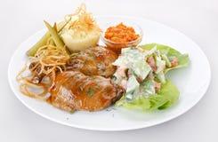 πατάτες πιάτων κρέατος Στοκ Φωτογραφίες