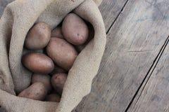 Πατάτες στην τσάντα Στοκ Φωτογραφίες