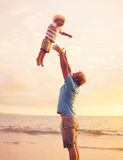 Πατέρας και γιος Στοκ φωτογραφία με δικαίωμα ελεύθερης χρήσης