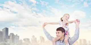 Πατέρας και κόρη Στοκ εικόνες με δικαίωμα ελεύθερης χρήσης