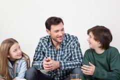 Πατέρας με τους γιους του Στοκ εικόνες με δικαίωμα ελεύθερης χρήσης