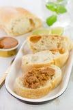 Πατέ ψαριών στο ψωμί στοκ εικόνα
