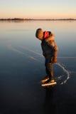 πατινάζ πάγου αγοριών Στοκ Εικόνες
