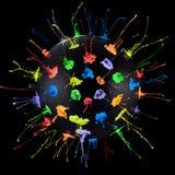 Παφλασμοί χρωμάτων Spikey που παράγονται από έναν ομιλητή στοκ εικόνες