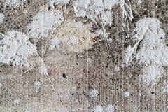 Παφλασμός στο υπόβαθρο συμπαγών τοίχων Στοκ Εικόνες