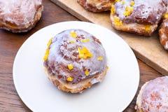 Παχιά Πέμπτη - donuts Στοκ εικόνες με δικαίωμα ελεύθερης χρήσης