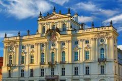 Παλάτι Αρχιεπισκόπου, πλατεία Hradcanske, Πράγα, Δημοκρατία της Τσεχίας Στοκ φωτογραφία με δικαίωμα ελεύθερης χρήσης