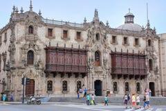 Παλάτι Αρχιεπισκόπου στο δήμαρχο Plaza στη Λίμα, Περού Στοκ Εικόνα