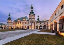 Παλάτι επισκόπων σε Kielce, το βράδυ Στοκ Εικόνες