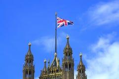 Παλάτι Λονδίνο του Γουέστμινστερ σημαιών ένωσης πύργων Βικτώριας Στοκ Εικόνες