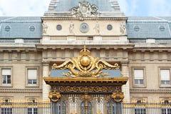 Παλάτι της πρόσοψης δικαιοσύνης στο Παρίσι, Palais de Justice Στοκ εικόνα με δικαίωμα ελεύθερης χρήσης