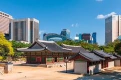 Παλάτι Deoksogung στοκ εικόνες